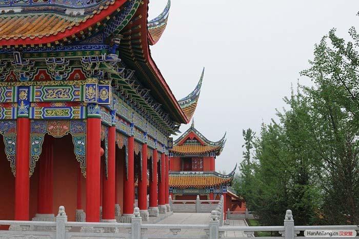 十二宫在线_威远感恩寺—内江市—四川寺院-佛教导航