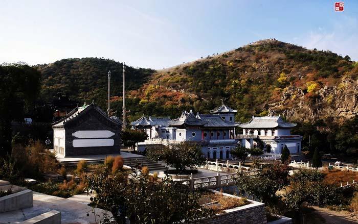 葫芦岛灵山寺玻璃栈道展示