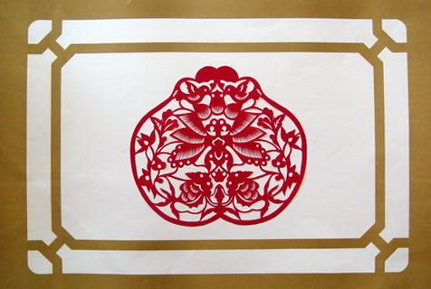 >>正文内容    北方的剪纸广泛地应用于当地人们的社会生活中,如窗花